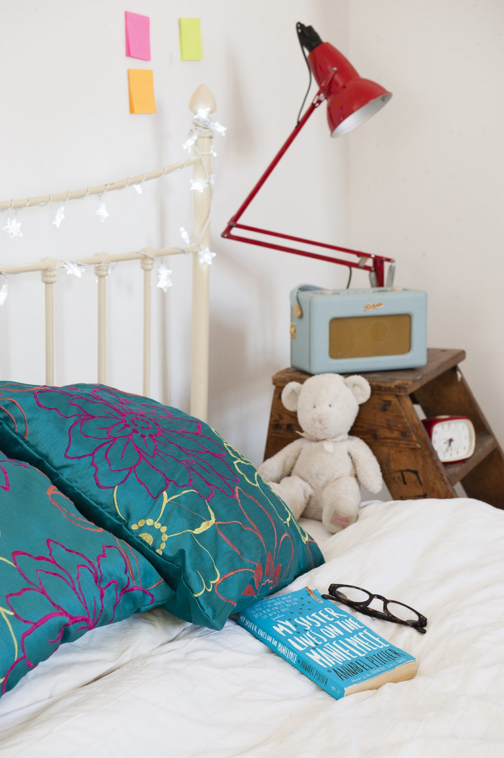 Their daughter's room with retro accessories