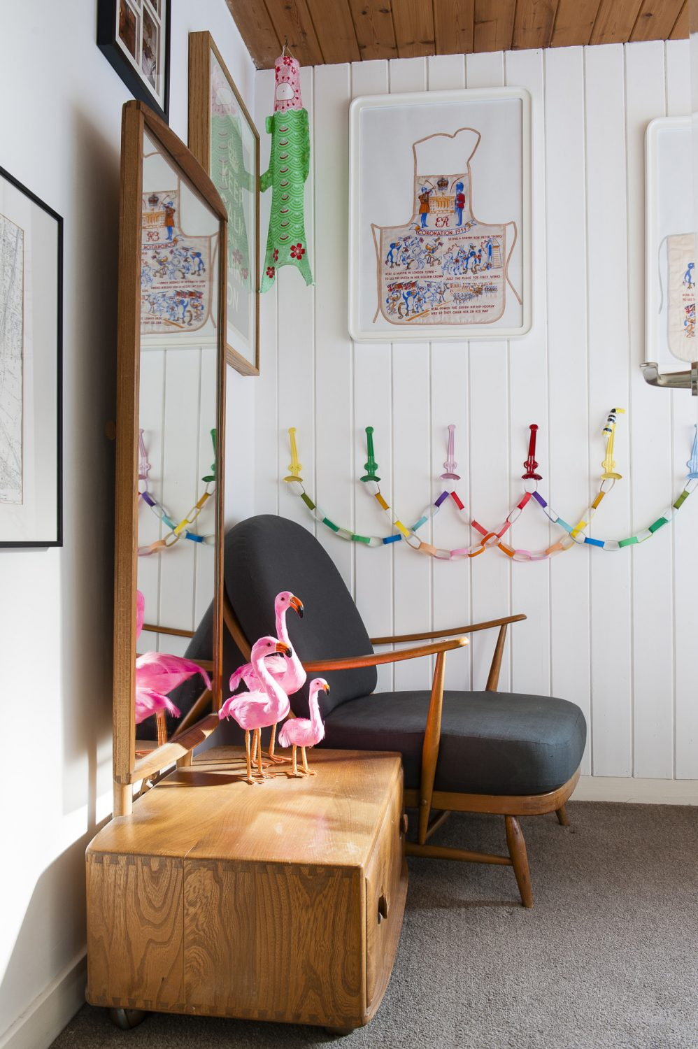 A family of flamingos reside in the spare room