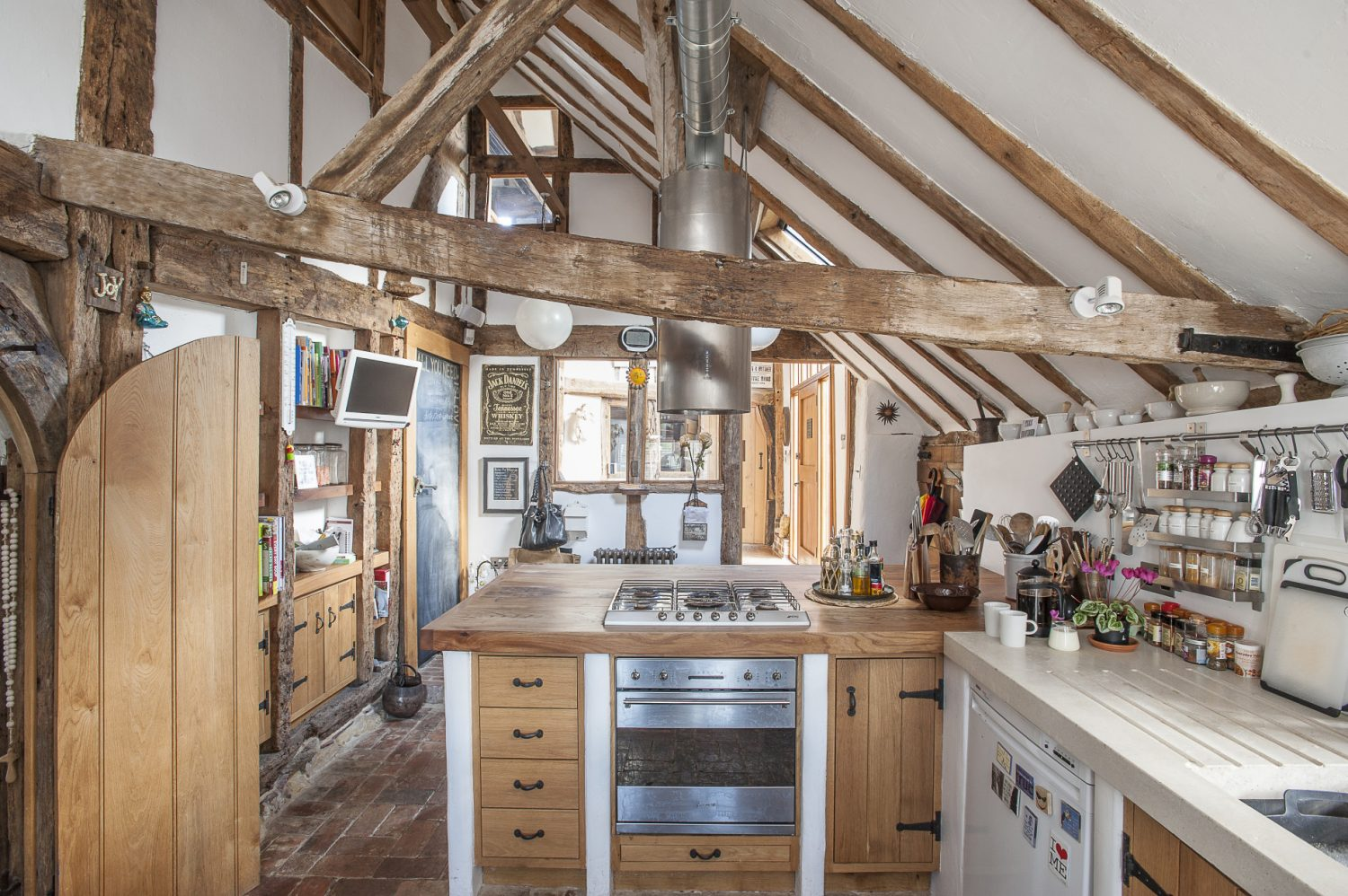 """""""I saw something similar in the kitchens of Hampton Court Palace and decided to do something similar – although perhaps in a slightly less grand scale – in my own kitchen."""""""