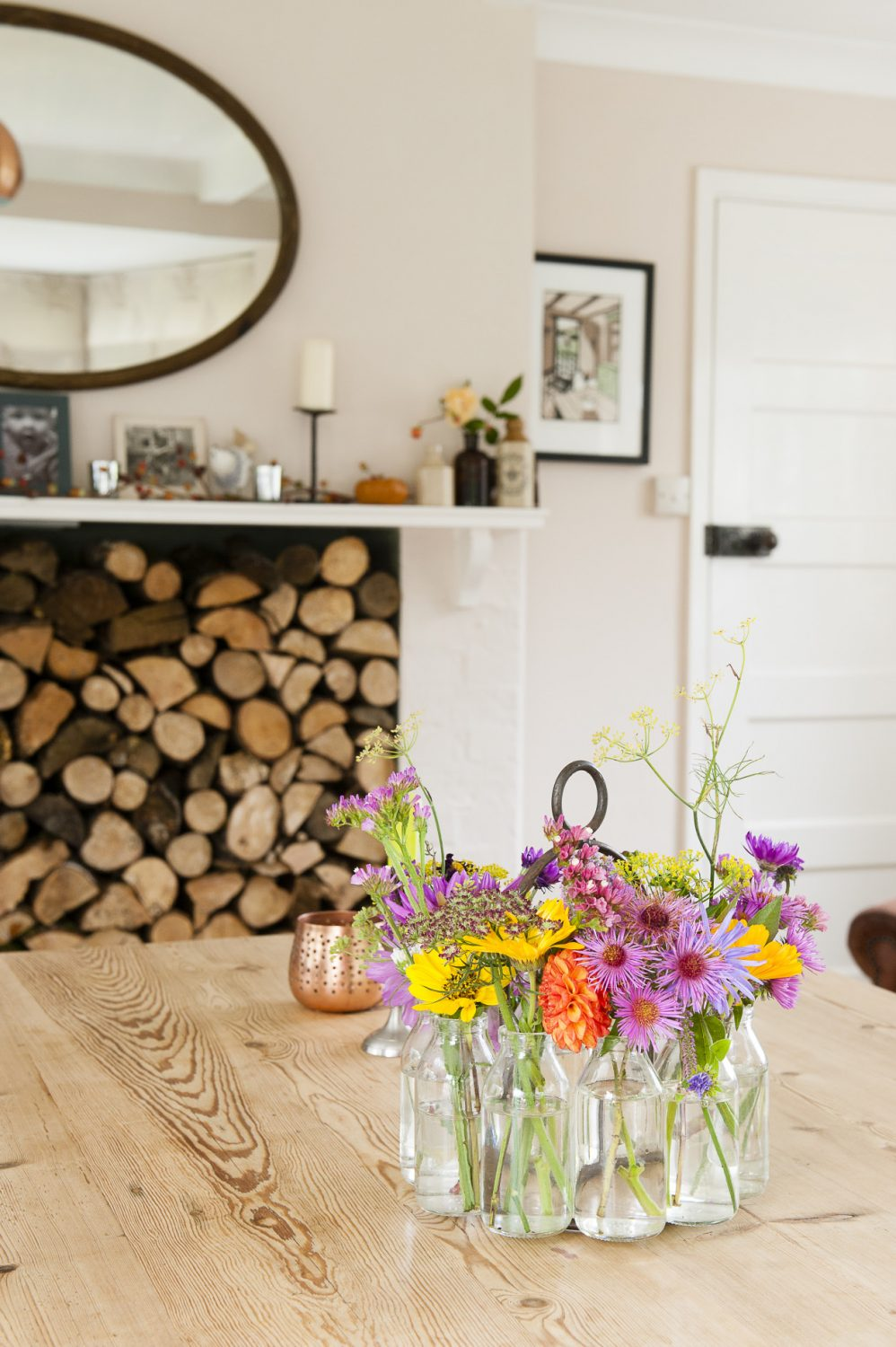 There is no shortage of flowers for the dining table in this cottage