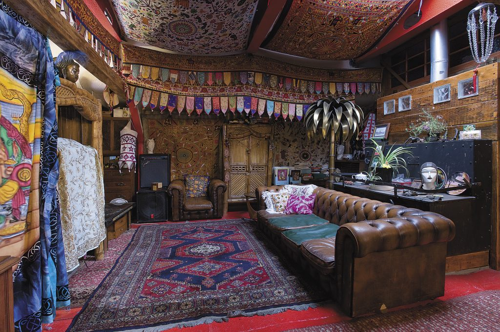 the sitting room in the summer quarters is fitted out like a maharajah's palace