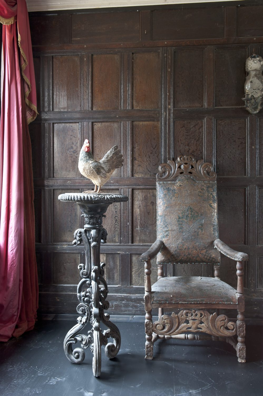 Provender began as a hunting lodge in the 13th century, but has been augmented over the centuries so that the house is now a huge, rambling residence