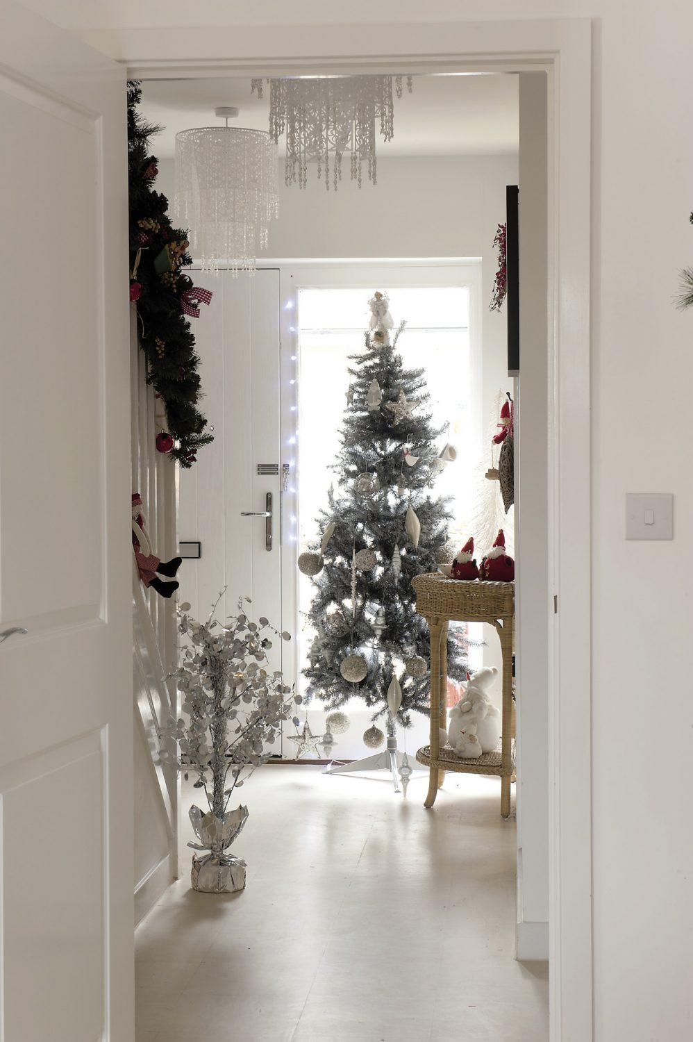 There's Christmas cheer aplenty in the hallway