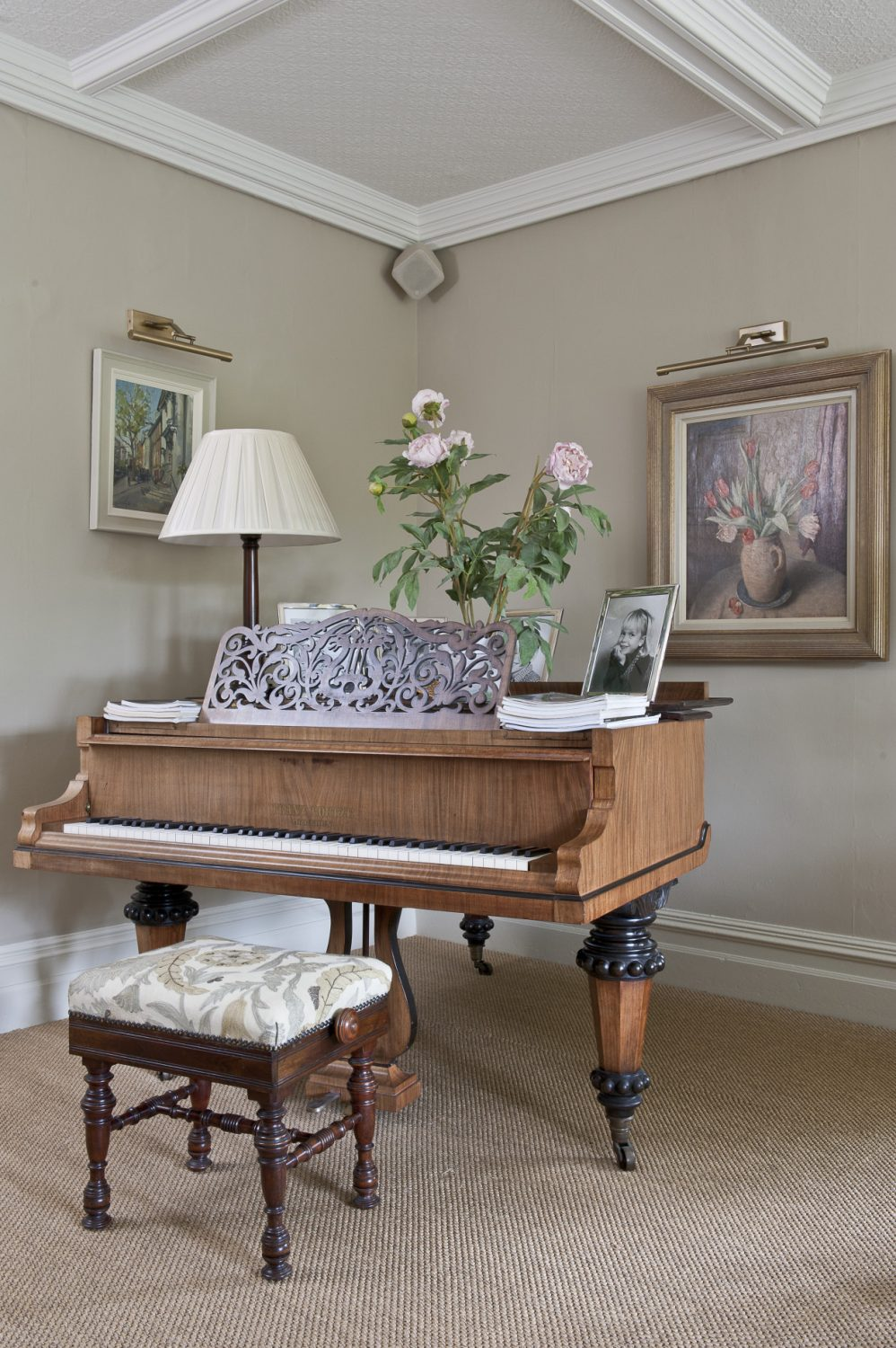 To the left of the piano hangs a painting by Karl Terry, an artist that Belinda particularly admires. As well as being an acclaimed local artist, Karl is also known as a roofing expert with a specialist knowledge of Kent pegs
