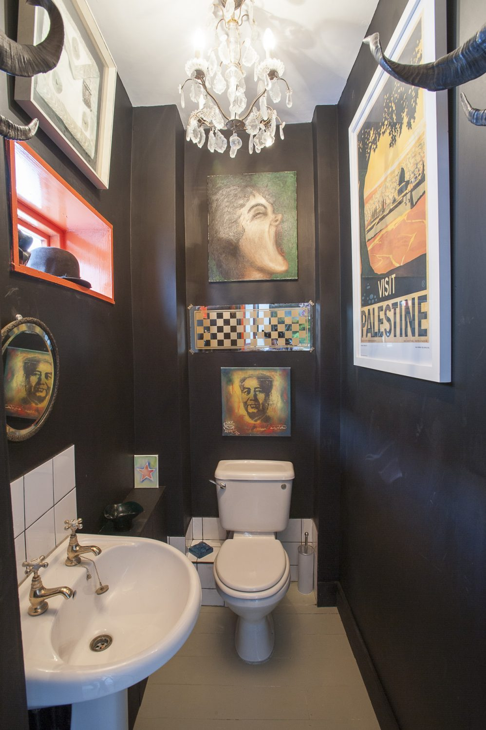 The loo itself is superb. Nadene had always wanted to paint a room black and decided this was the one