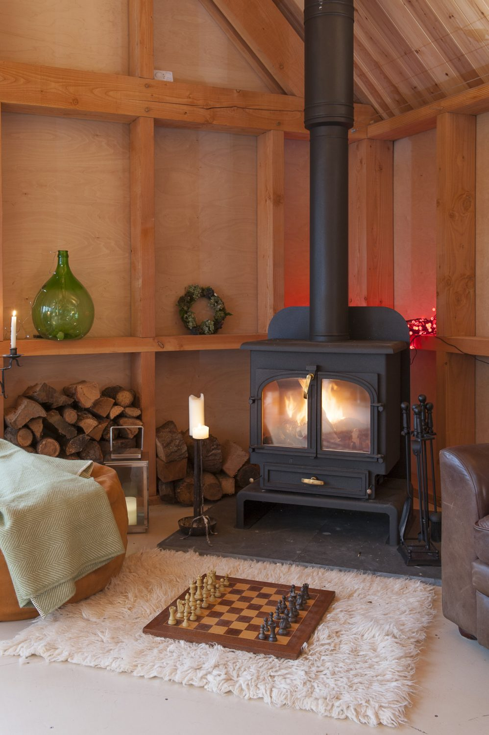 Complete with a cosy woodburner, the building makes the perfect space for entertaining and parties