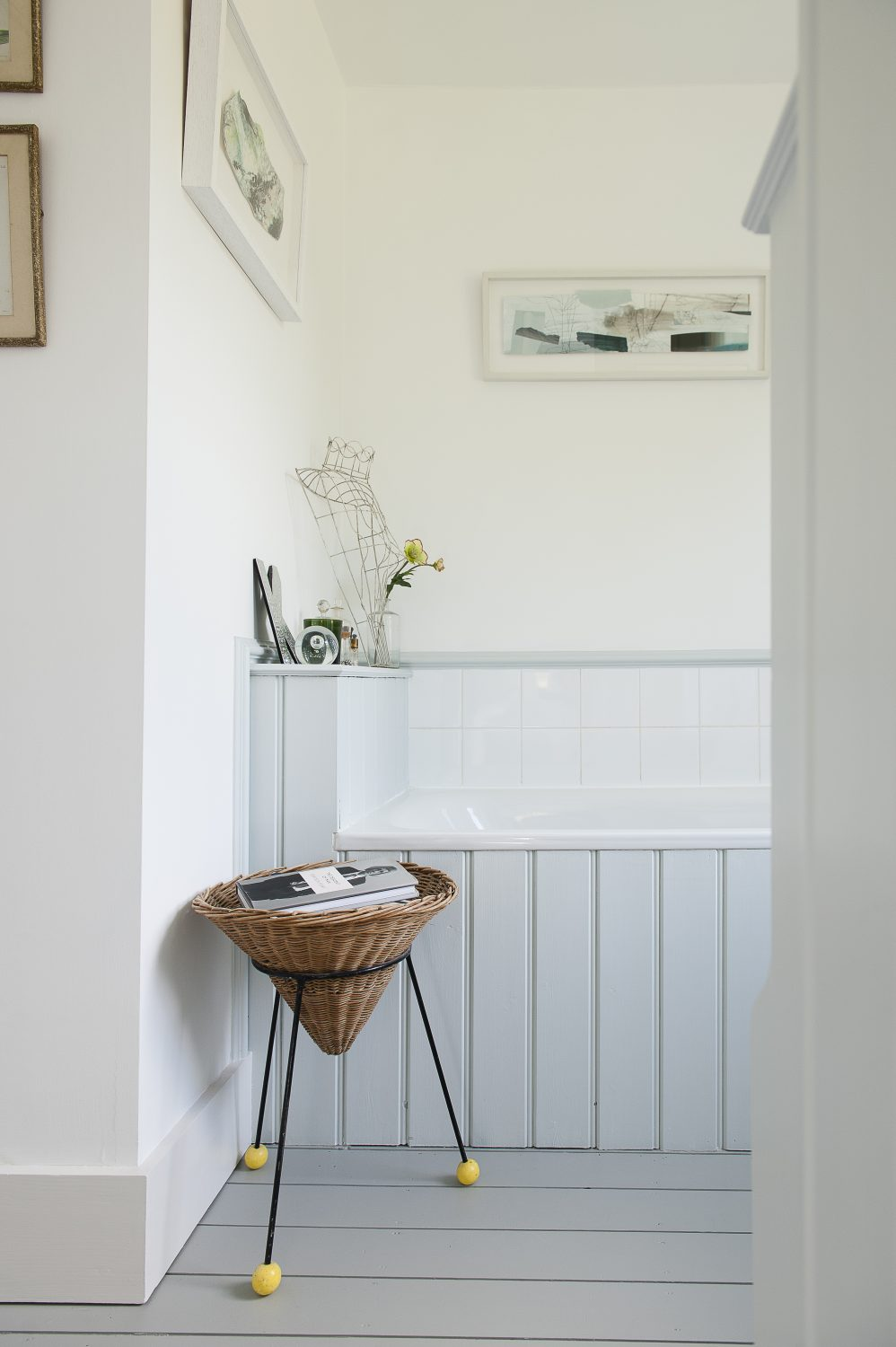 A corner of the bright, airy and relaxing bathroom