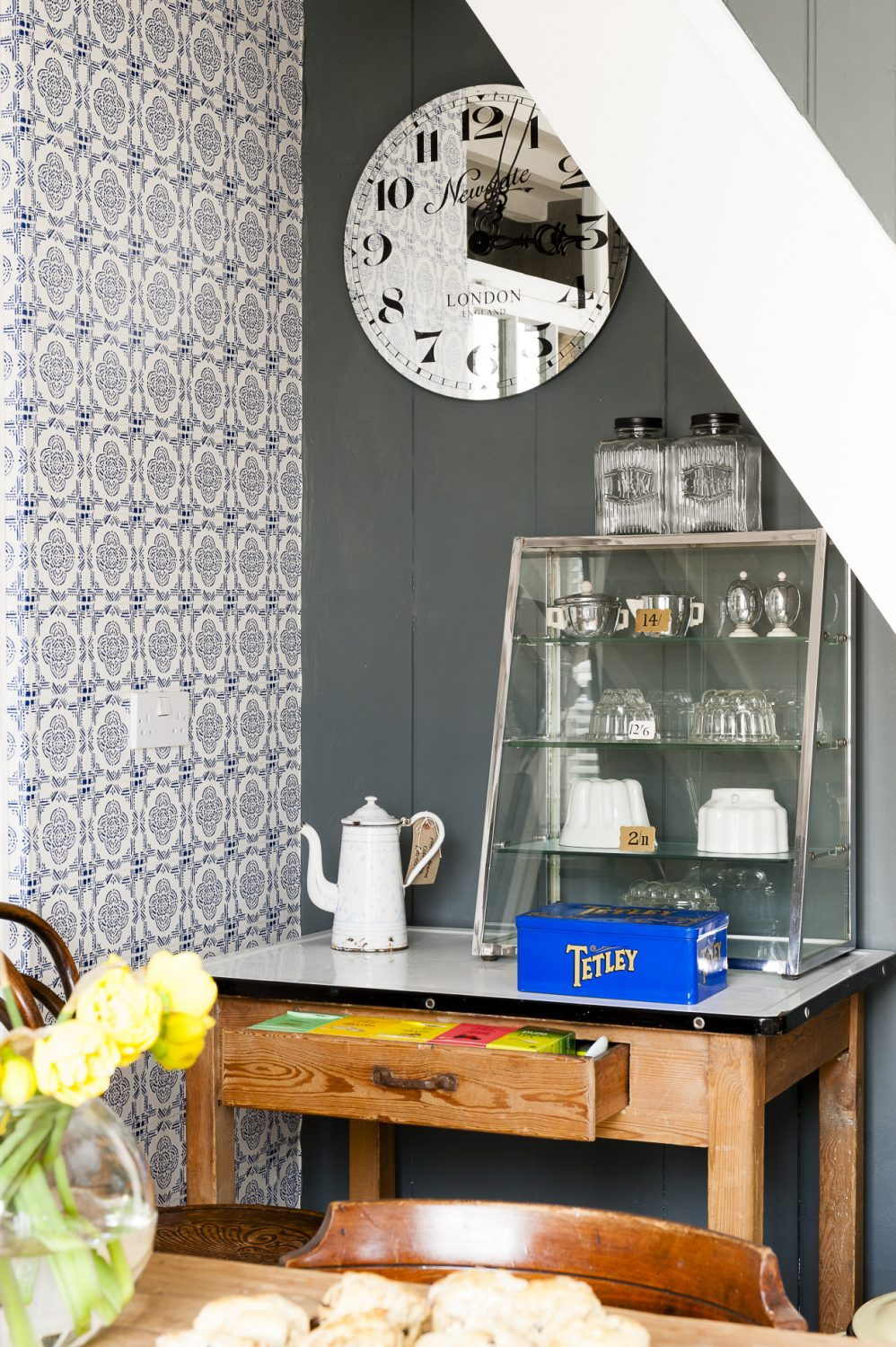 Diane has created her very own version of The Little Paris kitchen. She hasn't been afraid to use dark colours in this low beamed house and has opted for a sophisticated dark grey – Farrow and Ball's 'Plummet