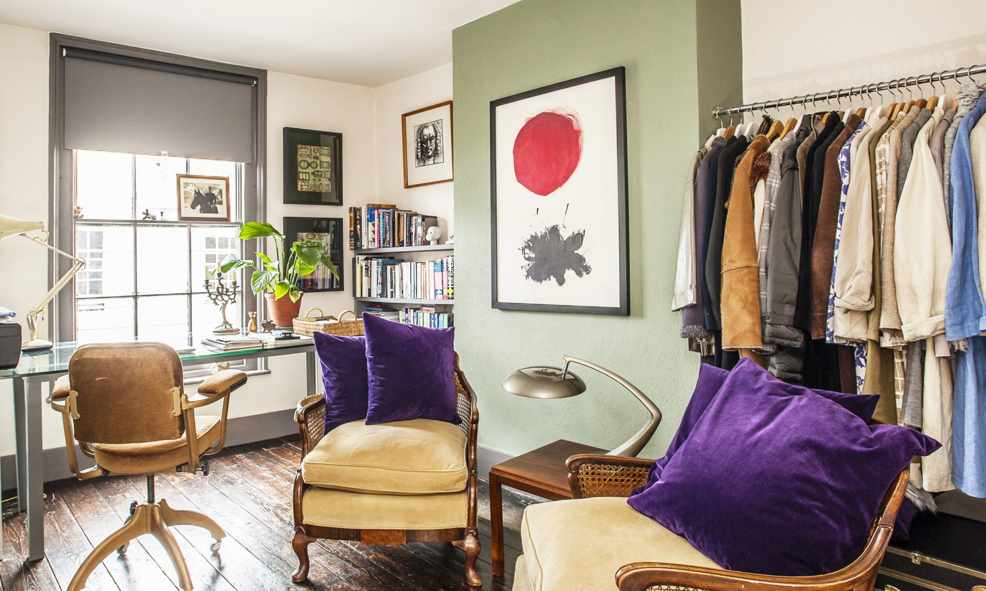 Anthropology, Arabic, art history… the lady of this house is erudite, well-read and widely travelled and it shows at every turn