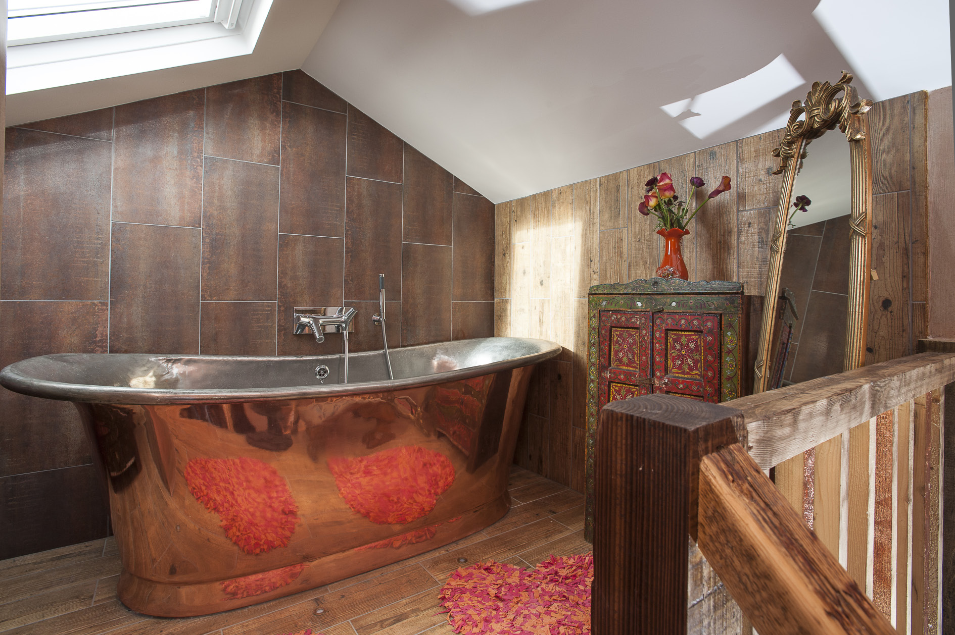 Nadene's magnificent William Holland copper bath