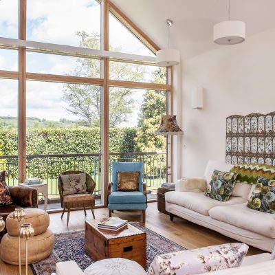 When Jenny and Doug Branson decided to make a move to Dorking they initially set their sights on Victorian properties. But for interior designer Jenny, a chance viewing of a new build property proved to be an irresistibly blank canvas...