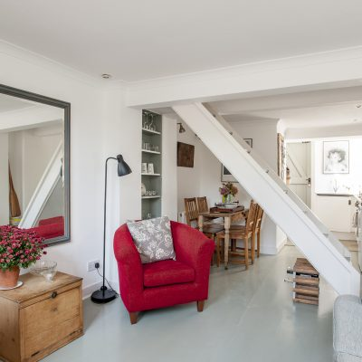 Linda Carter's Hastings retreat has provided her and her family with a convenient coastal bolt hole, not too far from their main home in Kilndown. Filled with finds that she has tracked down at French brocantes over the years, Linda has transformed this former run-down fisherman's cottage into a simple, yet chic, holiday rental for visitors to the town to enjoy...