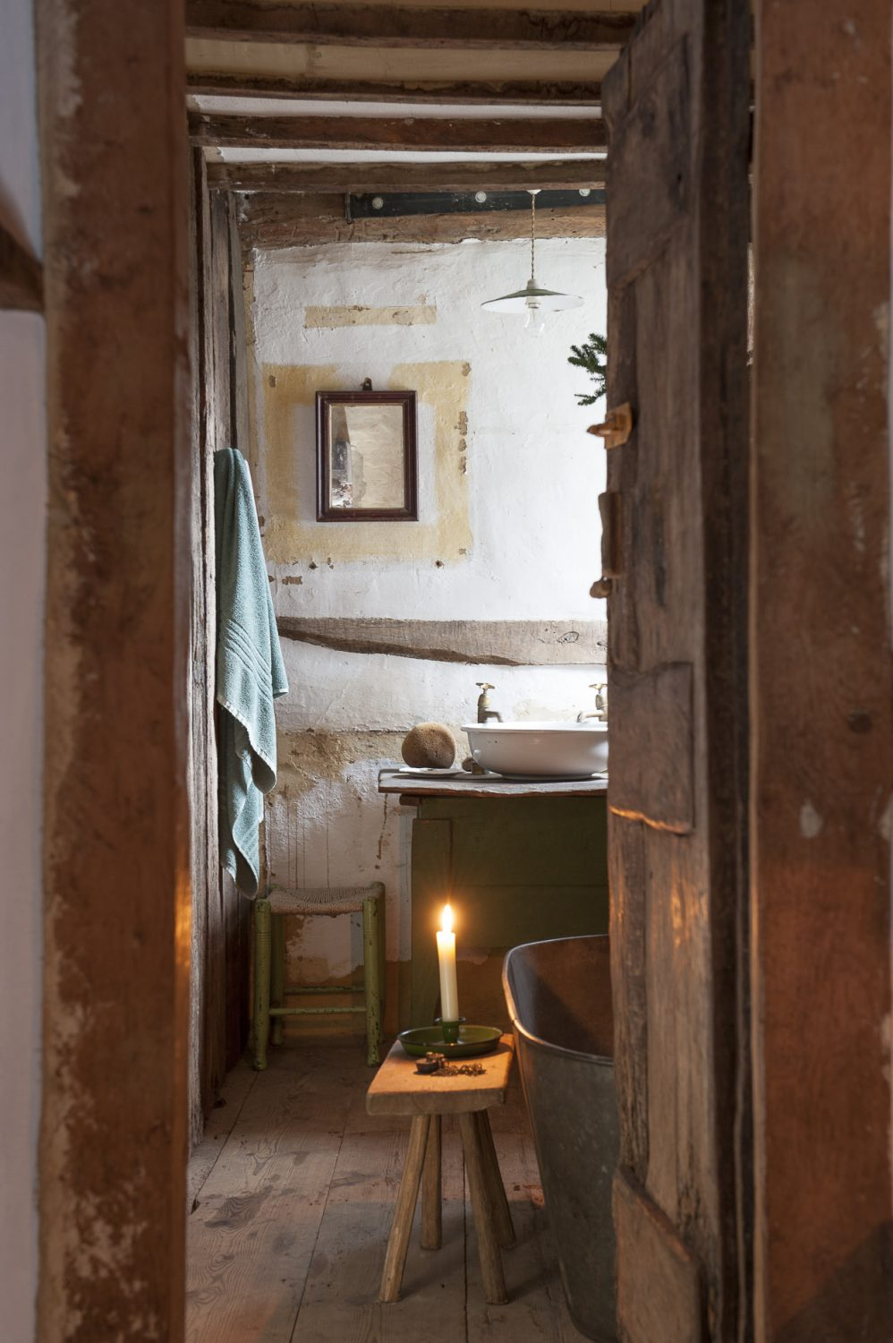 The house's only loo on the first floor nestles in a passageway between the bathroom and drawing room