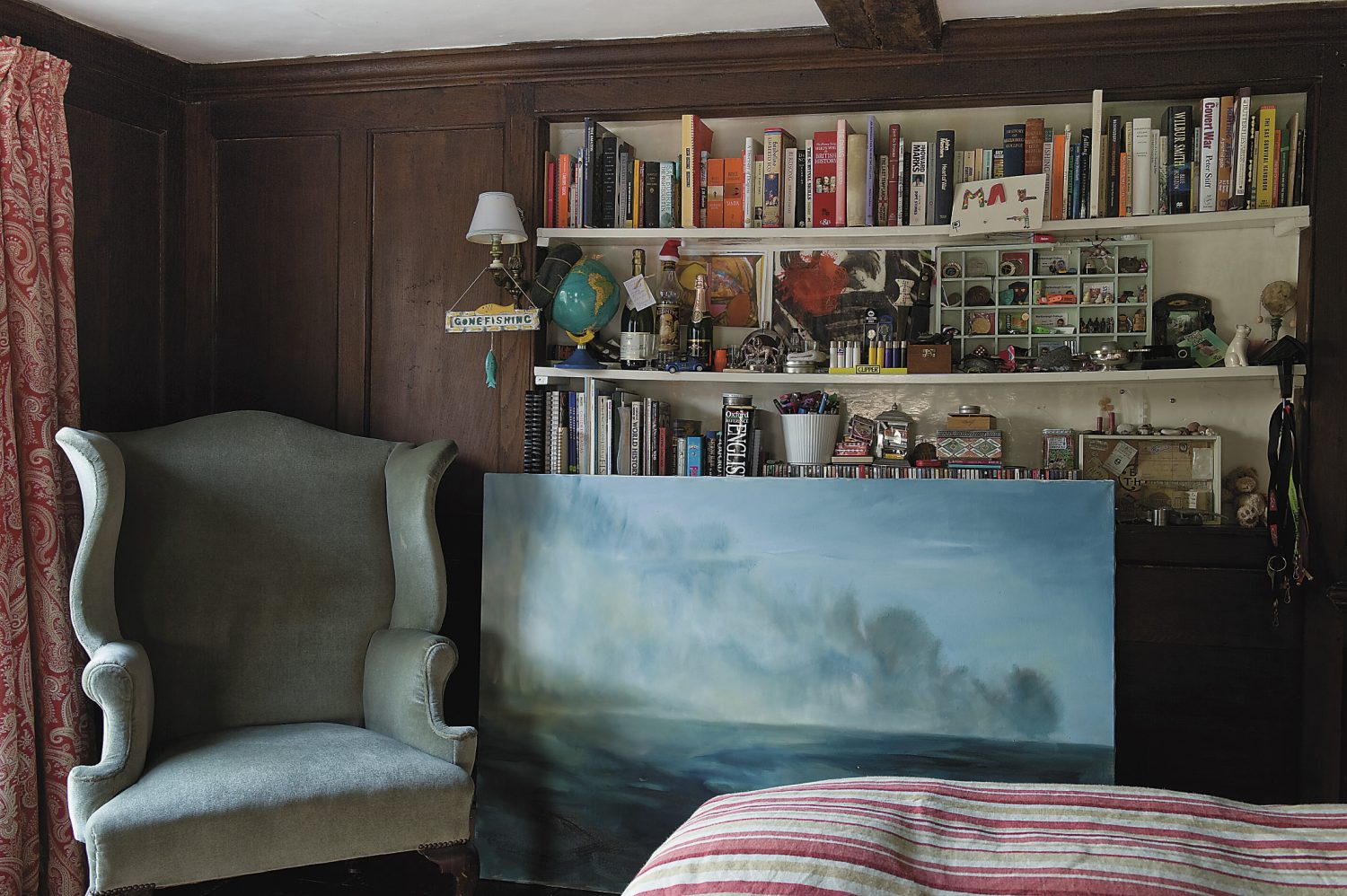 Jane and Eddie's son's bedroom reflects his keen interest in art