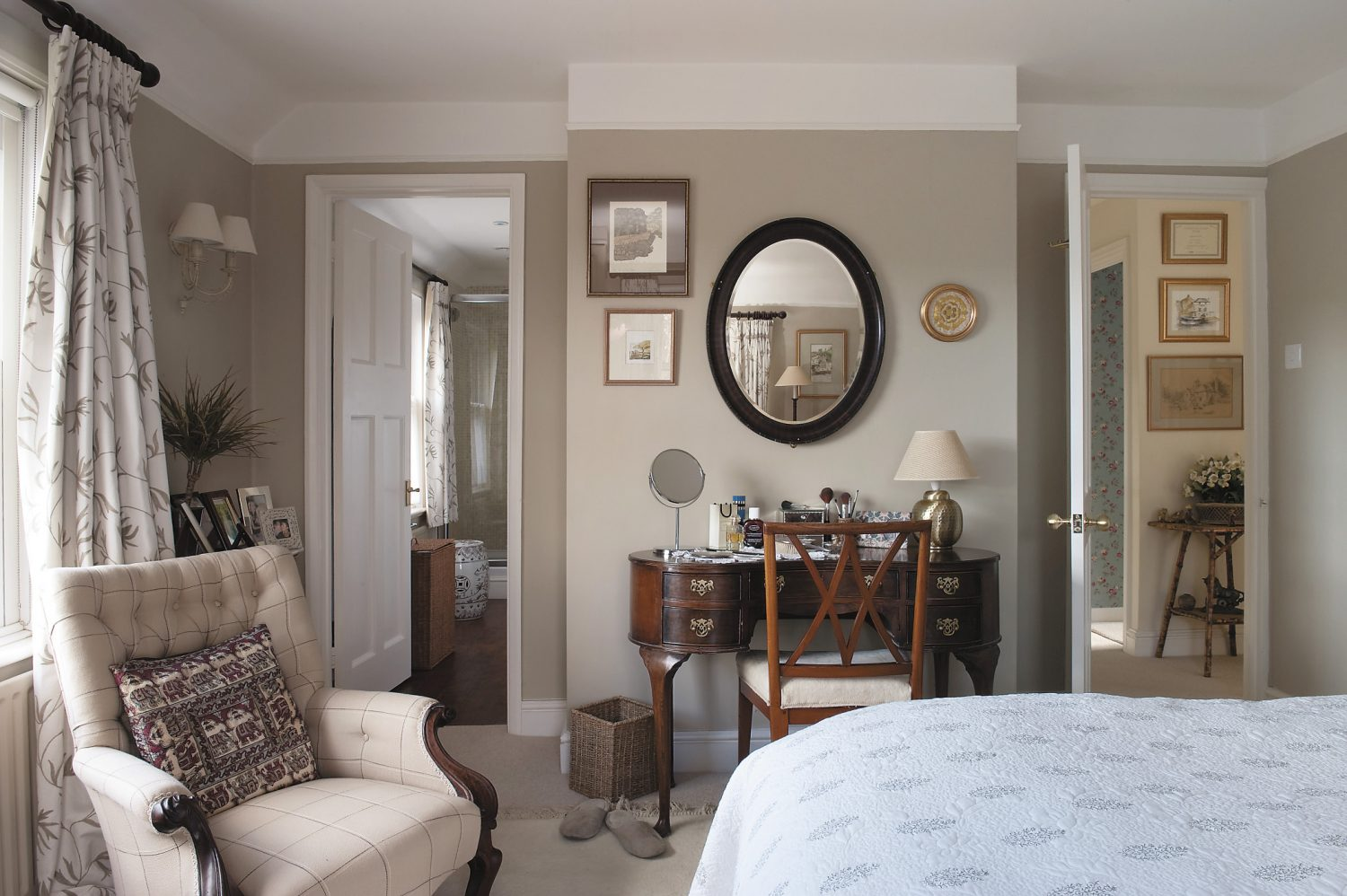 the main bedroom leads into an en suite bathroom below left the guest bathroom is home to a collection of mirrors