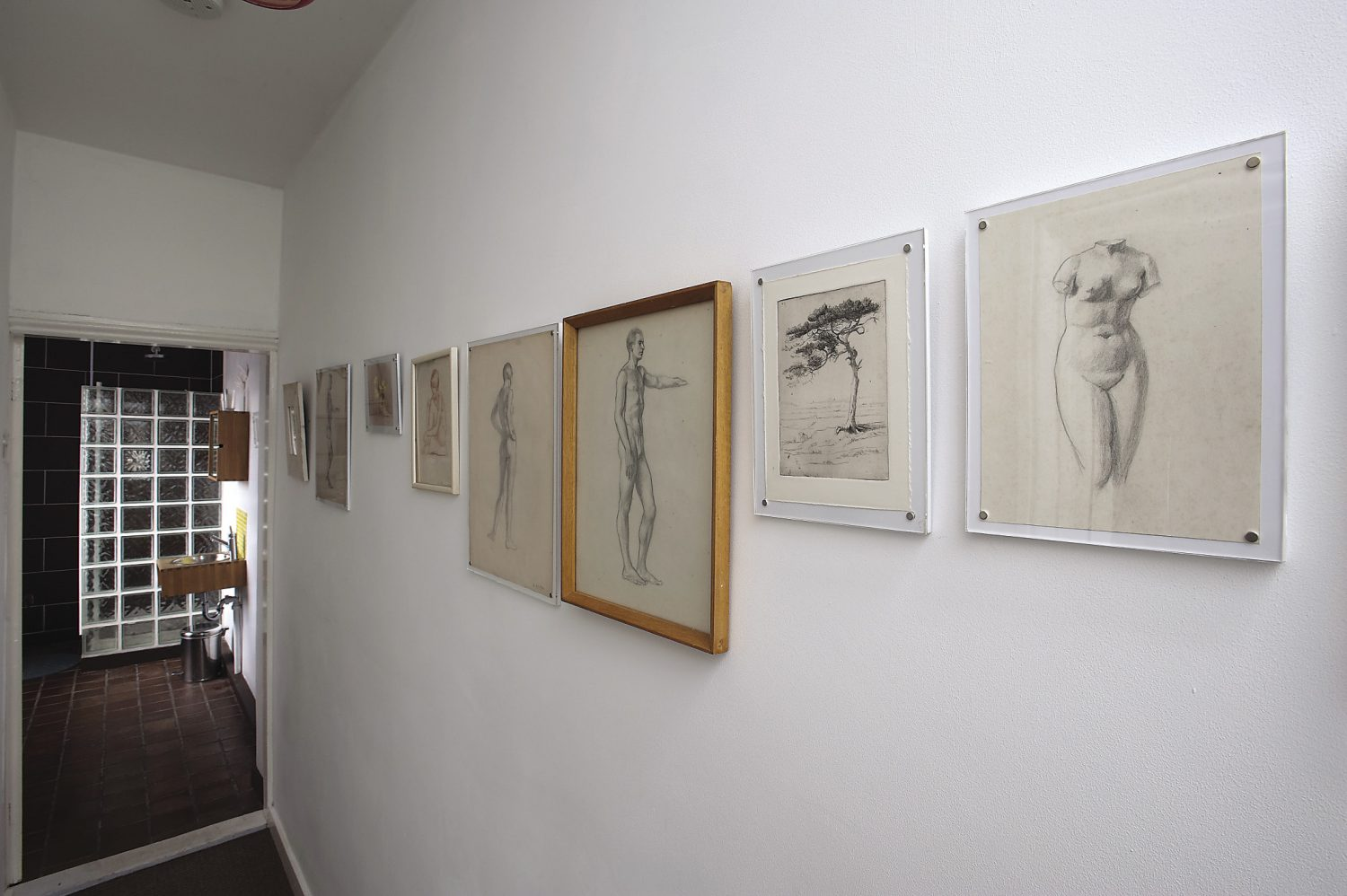 In the B&B the corridor leading to the shower-room displays a collection of pencil and pastel drawings, some of which are by Anna's aunt, Selina Bott-Slack