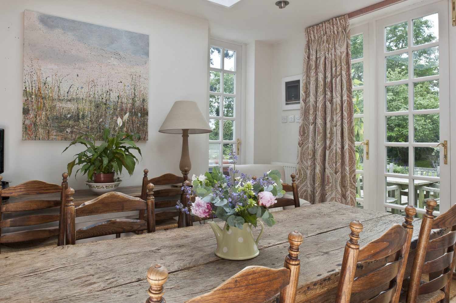 The previous owners extended the kitchen with a light-filled eating area.
