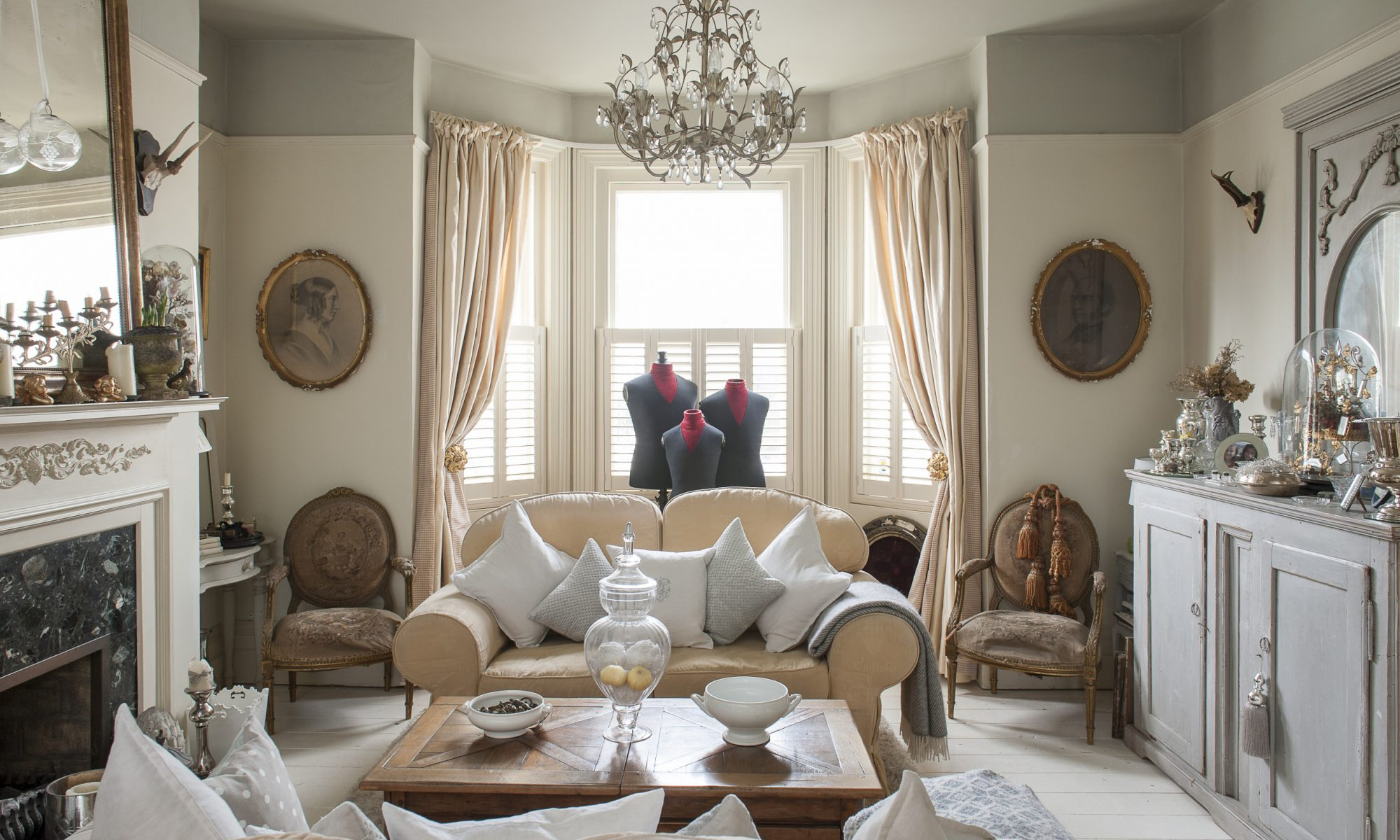 Victorian townhouse doubles as antique showroom for Victoria magazine low country style