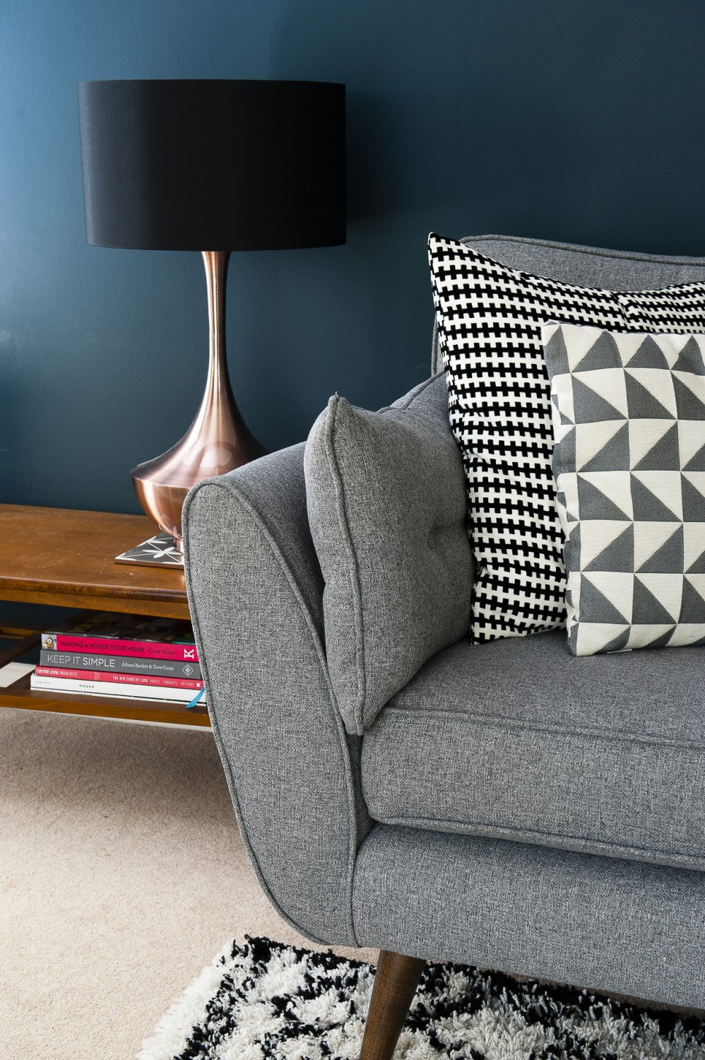 Lucinda has painted her living room in deep, rich Farrow & Ball Hague Blue