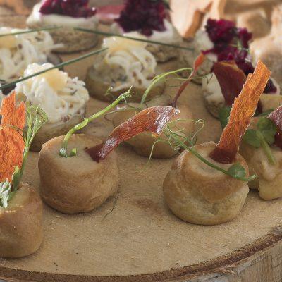 Parma ham and Gruyère gougères