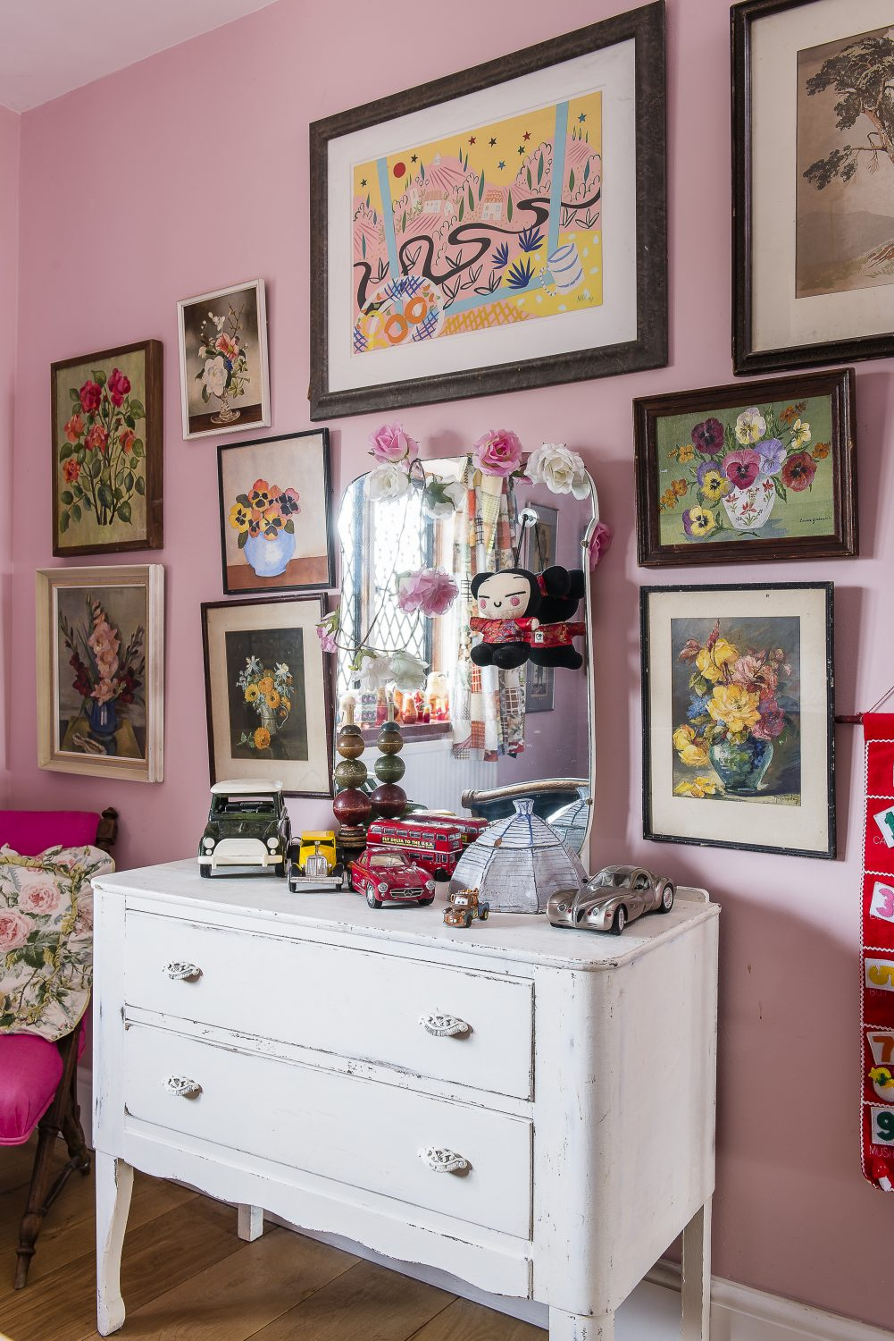 The dressing table in the grandchildren's room