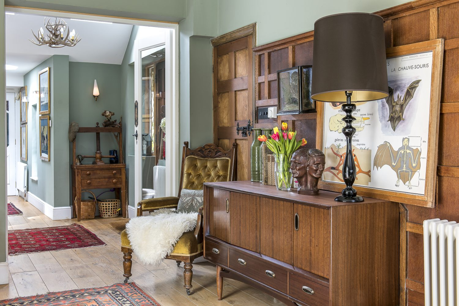In each room Clare has cleverly combined different styles and eras all put together with ease