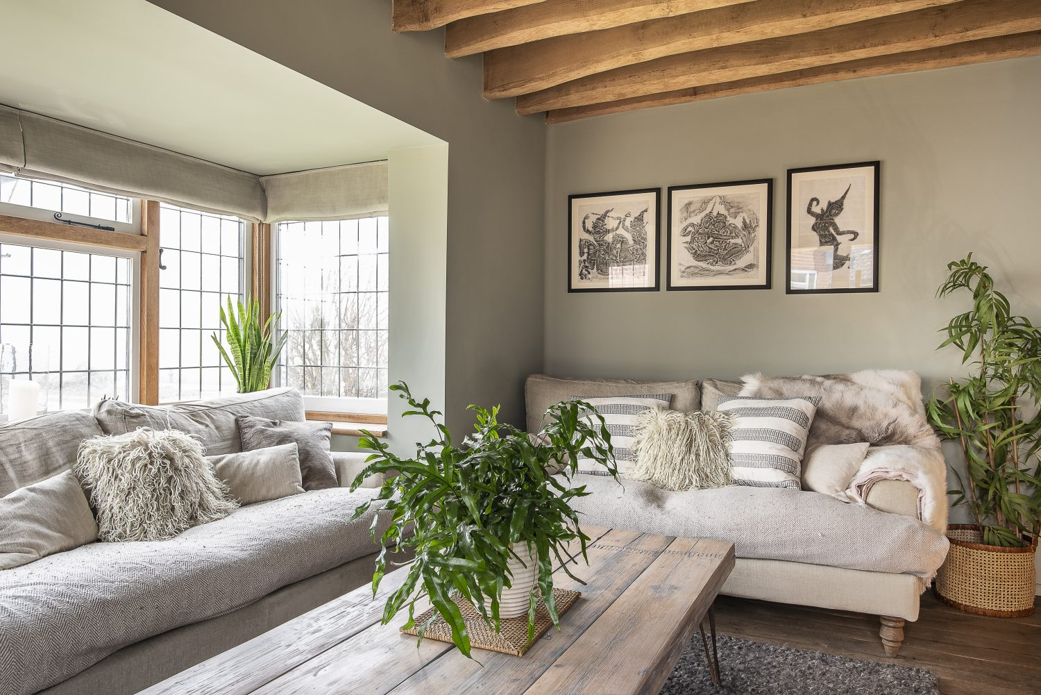 The house is filled with natural fabrics, coupled with indoor planting there's a strong sense of vitality throughout