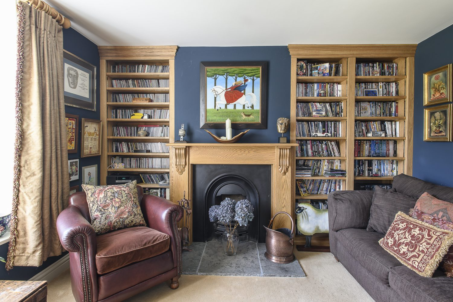 Art is the couple's other passion and is in glorious evidence throughout the house. There are many paintings by favourite artists Richard Adams, the late Anne-Catherine Phillips and Ros Lyons.